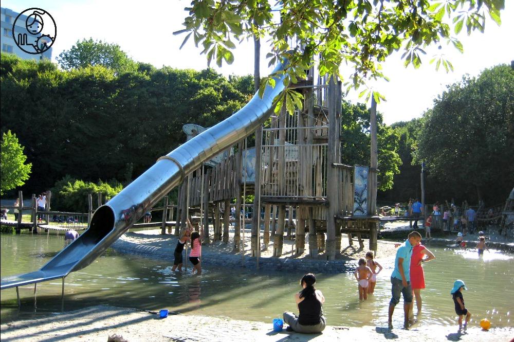 Plac-zabaw-w-Westpark-Monachium